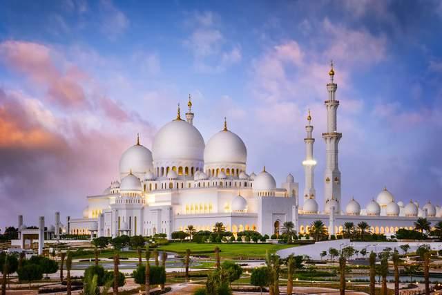 У мечеті можуть перебувати одночасно 41 тисяча людей / Фото CNN
