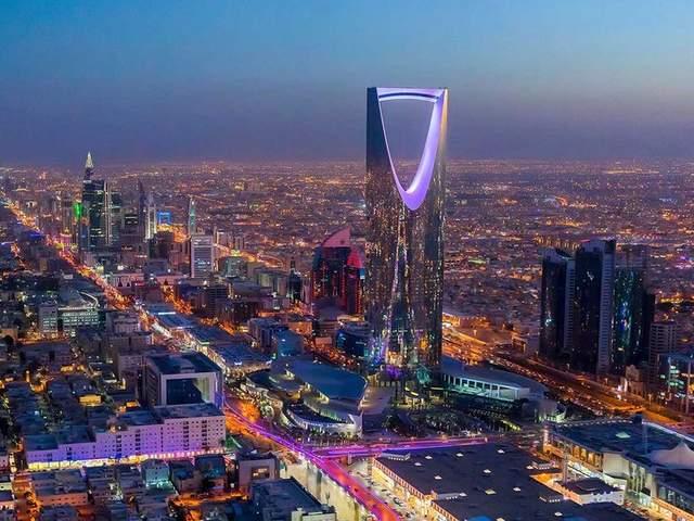 Особливістю вежі є перевернута параболічна арка, увінчана громадським мостом на небі/ Фото Gulf News