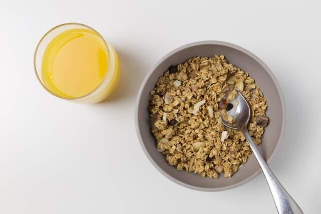 Вівсянка на сніданок покращує травлення