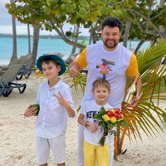 Чоловік і сини Ірини Федишин в Домінікані