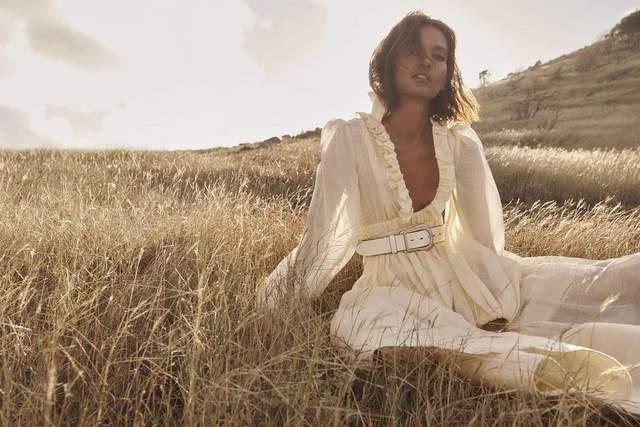 Лія Кебеде у вбранні Zimmermann