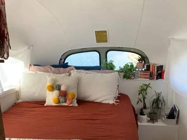 Спальня у помешканні / Фото adelita_buslife