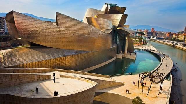 Один із центрів світової уваги до мистецтва та туризму  / Фото lonely planet