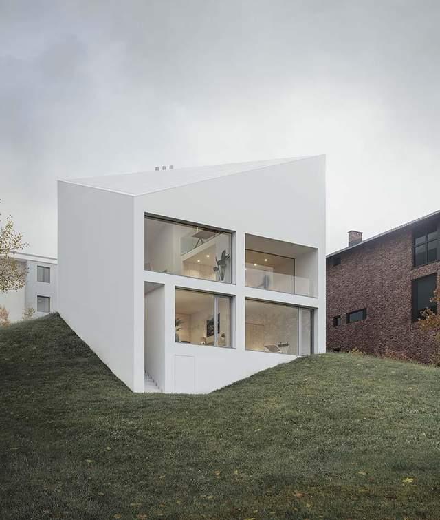 Будинок нестандартної форми