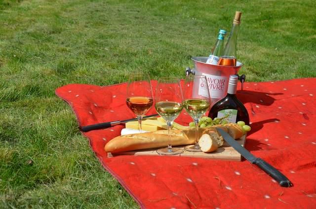 Під час пікніку вдається насититися швидше