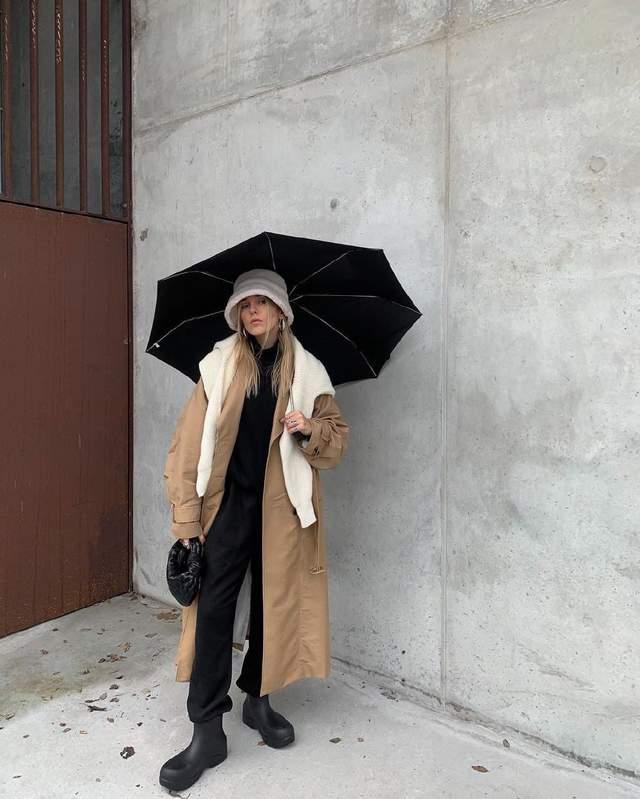Образ в дощову погоду Софії Коельо