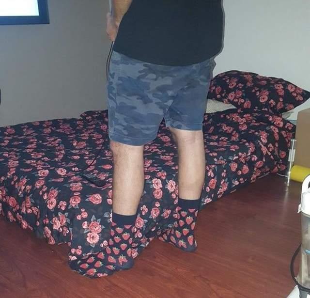 Ноги у носках