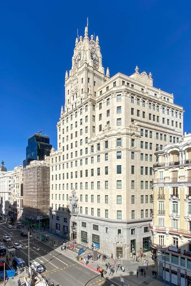 Telefónica Building – перший європейський хмарочос, Мадрид / Фото Wikipedia