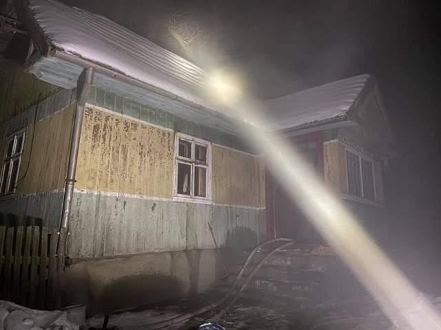 На Львівщині внаслідок пожежі загинув 90-річний чоловік: фото згарища