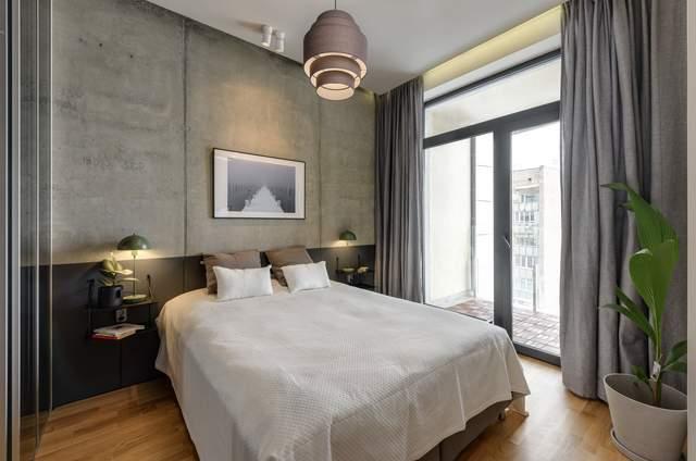 Спальня з панорамним вікном