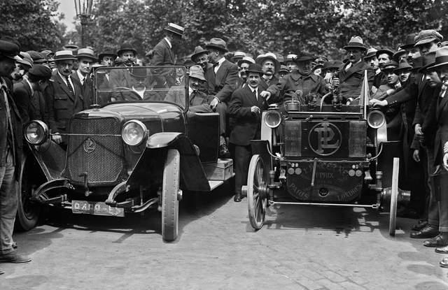 Перше авто в Україні