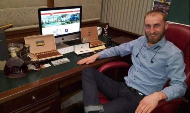 Олександр Пан звернувся до суду з вимогою заборонити 426 сайтів