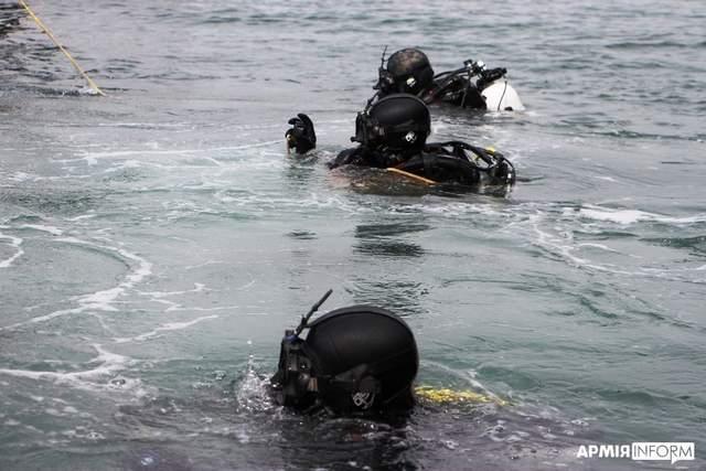 Військові навчання в Одесі для водолазів