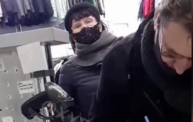 Згадала історію: в Одесі в магазині одягу спалахнув конфлікт через українську – відео