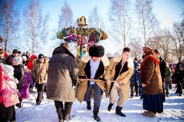 Масляна традиції і звичаї