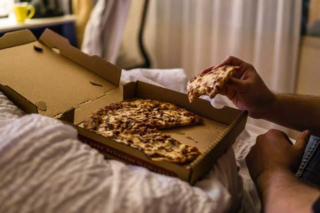 Що робити, якщо перед сном хочеться їсти