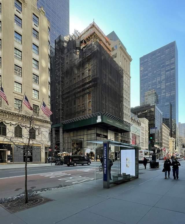 Процес будівництва / Фото New York YIMBY