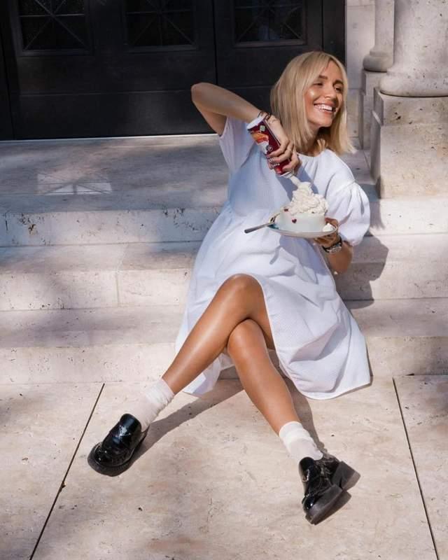 Стильні образи з лоферами і шкарпетками