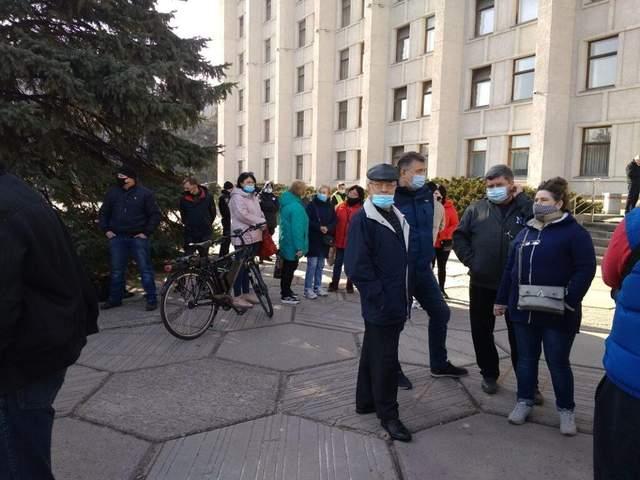 Підприємці мітингують під Полтавською ОДА