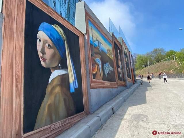 Галерея репродукцій картин просто неба в Одесі подорожі Великдень цікаві небанальні місця