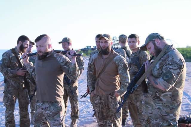 Максим Жорін з бійцями