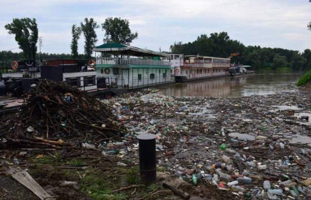 сміття в Угорщині