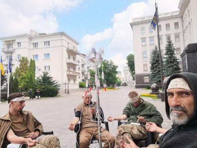 ветерани голодують під ОП