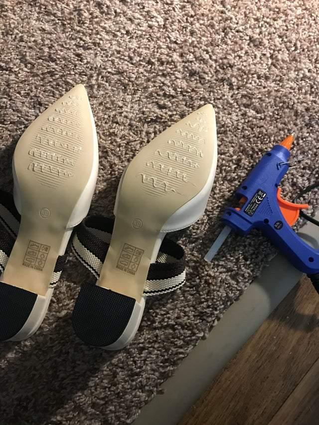 Слизьке взуття