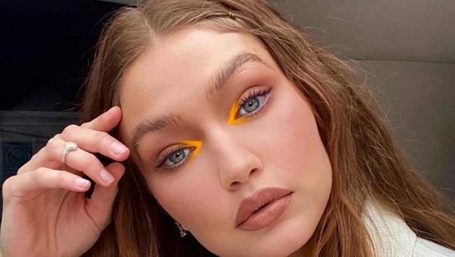 Тренди в макіяжі осені 2021: багато блиску, золота і вологих губ – 7 головних акцентів