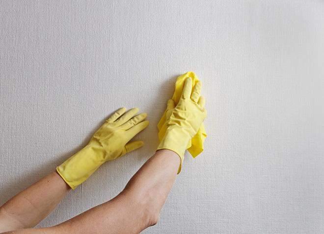 Стены также нужно мыть