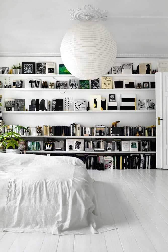 Як прикрасити дім за допомогою книг
