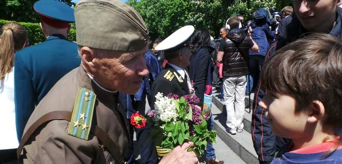 День Перемоги по-новому: зарисовки святкування у Києві