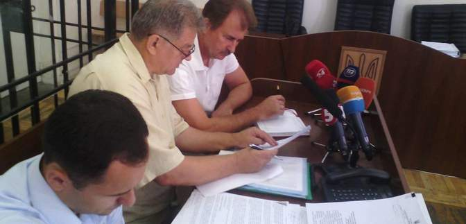 Суд над Поповым за разгон Евромайдана начал допрашивать свидетелей