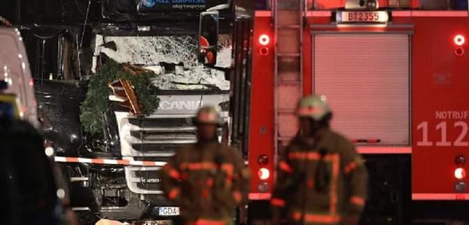 На ярмарке в Берлине могли погибнуть двое украинцев, – Климкин