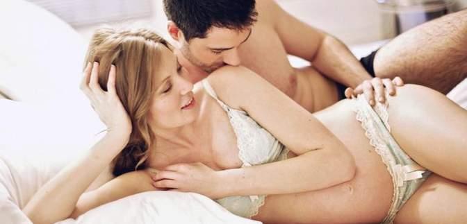 8 випадків, коли варто уникнути сексу під час вагітності (18+)