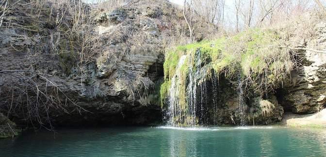 """Печера """"Атлантида"""", затоплена Бакота та курорт Сатанів: місця Хмельниччини, які зачаровують"""