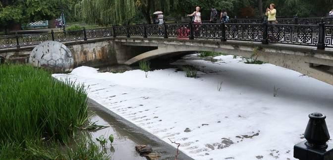 У Криму випав кислотний дощ: шокуючі кадри екологічної катастрофи