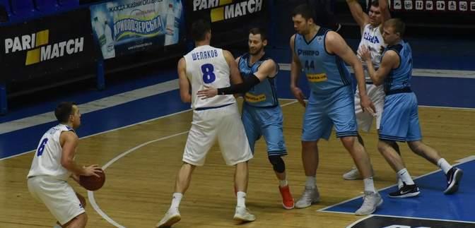 """Баскетболісти """"Дніпра"""" вийшли на матч Суперліги у футболках на підтримку українських моряків"""