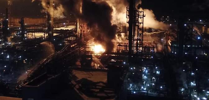 Пожар на химзаводе в Калуше полностью потушили