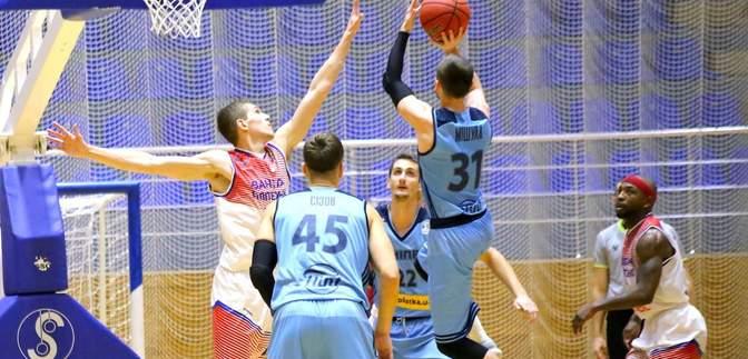 """Баскетбол: """"Політехнік"""" сенсаційно розгромив """"Дніпро"""""""