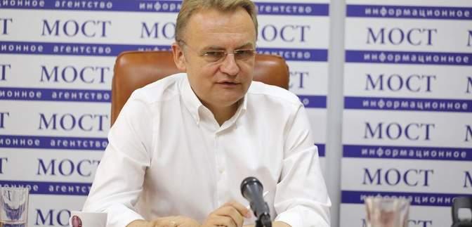 """Садовый объяснил, почему обнародовал """"мусорное"""" соглашение Порошенко"""