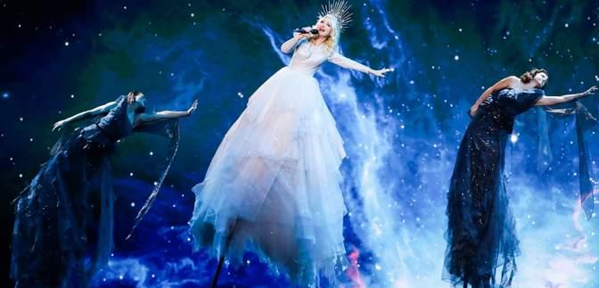 Кейт Міллер-Хейдке з Австралії зачарувала космічним виступом на Євробаченні: відео