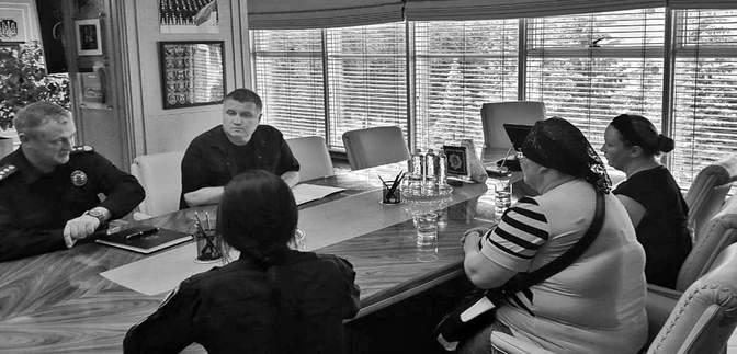Вбивство хлопчика п'яними поліцейськими: Аваков відвідав родину загиблого – фото