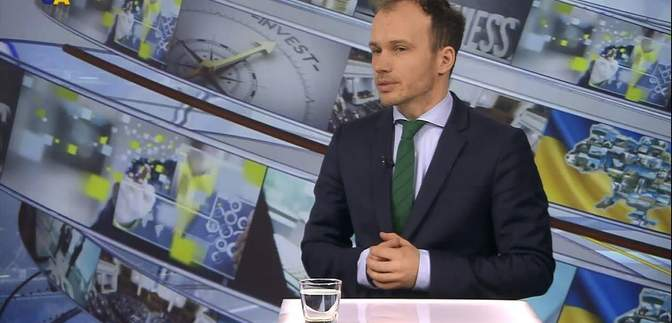 """Депутат от """"Слуги народа"""" проголосовал за назначение себя в Кабмин: фотодоказательство"""