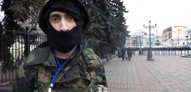 """Харковом розгулював антимайданівець """"Топаз"""": його впізнали місцеві жителі – відео 18+"""
