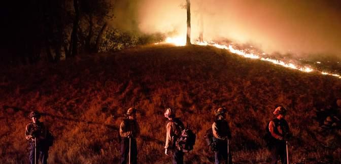 Пожары в Калифорнии: впервые объявили экстремальный уровень опасности – фото и видео