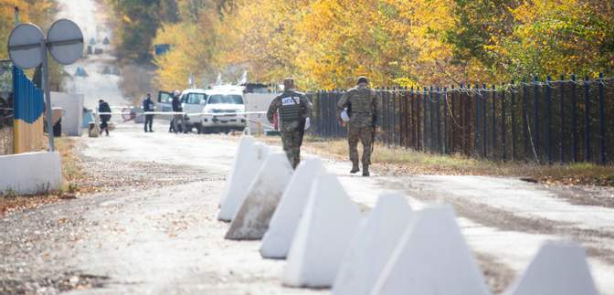 Как будет проходить разведение войск в Петровском: объяснение ООС