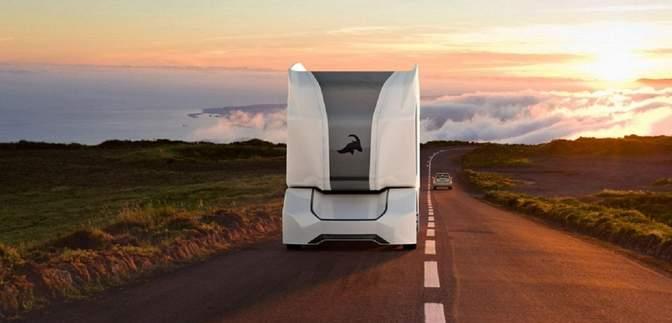 Автономный грузовик без кабины испытывают на дорогах Швеции