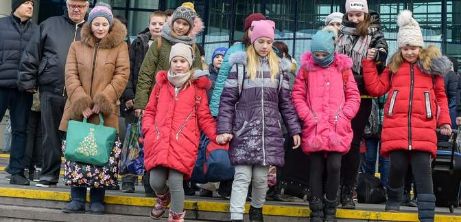 Вперше за роки війни ТБ покаже привітання з Різдвом з окупованого Донецька