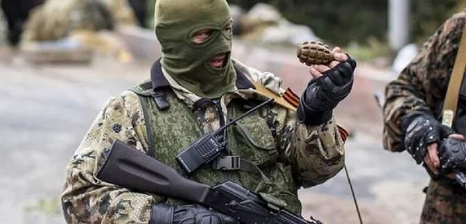 В квартире боевика, которого в декабре обменяли, нашли целый арсенал оружия: фото